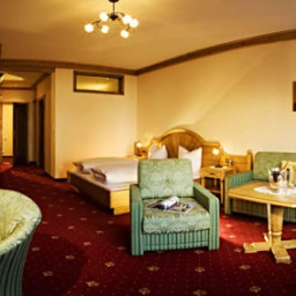 Apart - Hotel Garni Strasser
