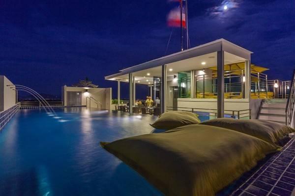 BTR Suites Hotel