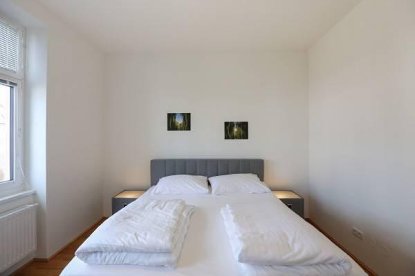 Hotel 4bedsandmore