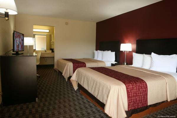 Hotel Red Roof Suites Cave City