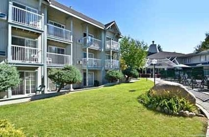 Hotel Beach Retreat and Lodge at Tahoe