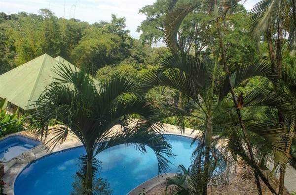 Tabulia Tree Hotel and Villas