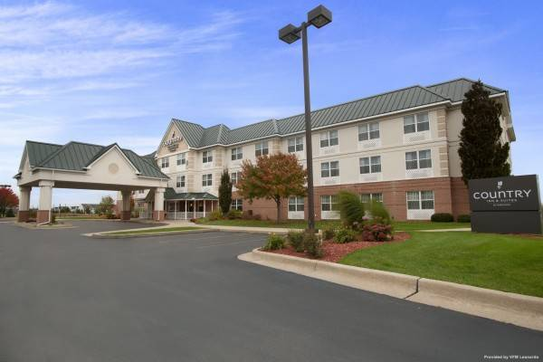 COUNTRY INN AND SUITES DUNDEE