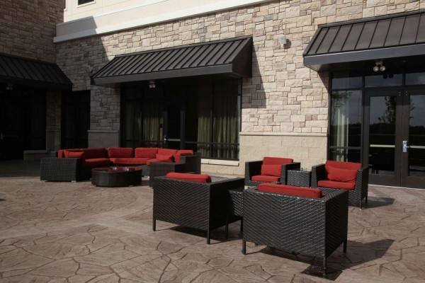 Hotel Embassy Suites by Hilton Fayetteville Fort Bragg