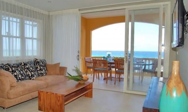 Hotel Strand Luxurious Condominiums