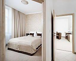 Hotel Cyro Superior