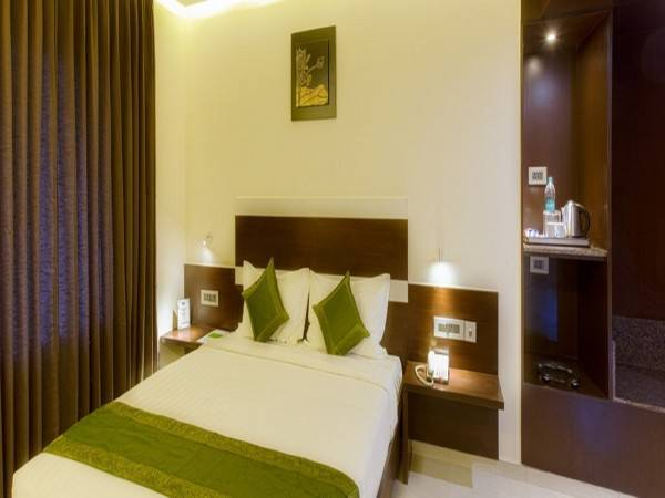 Hotel Treebo Trend Greenwood Premier Suites