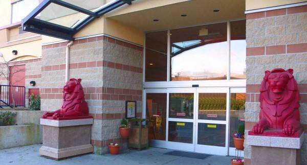 Red Lion Inn & Suites Victoria