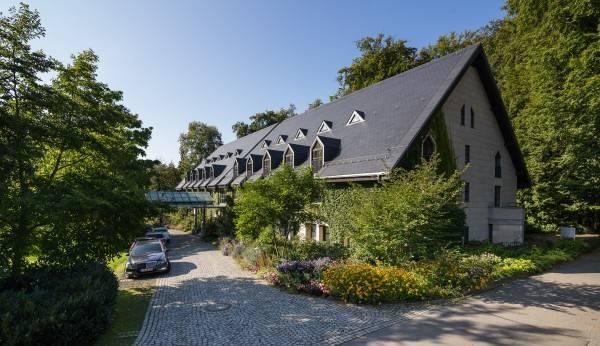 Hotel Kavaliershaus gehört zu Schloss Eckberg