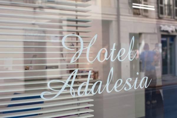Adalesia Hotel & Coffee