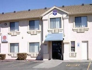 Econo Lodge Inn and Suites Williams