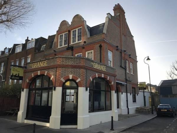 Hotel The Grange Pub