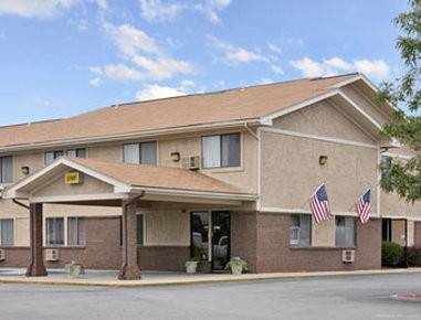Hotel Super 8 by Wyndham Franklin/Middletown Area