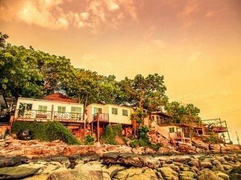 Hotel Phi Phi Cozy Seafront Resort