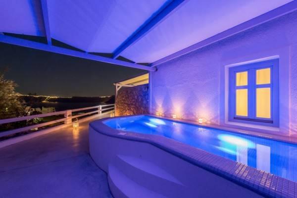 Hotel Earino Suites & Villas