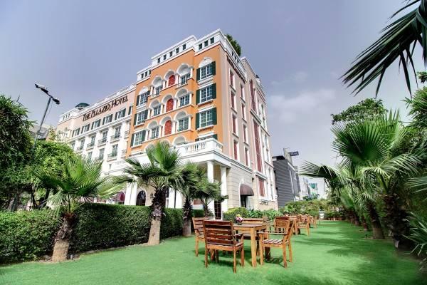Hotel Pllazio