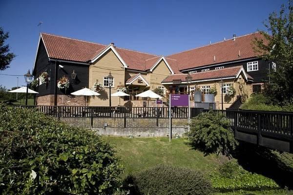 Premier Inn Basildon (East Mayne)