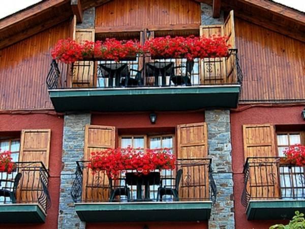 Hotel Esquirol Logis
