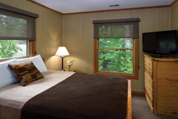 Hotel Hueston Woods Lodge & Conference Center