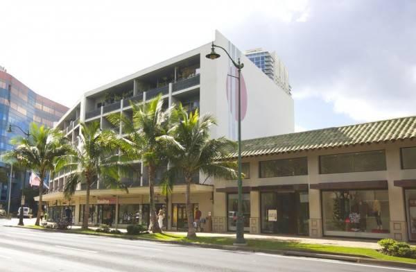 Hotel Polynesian Residences Waikiki Beach