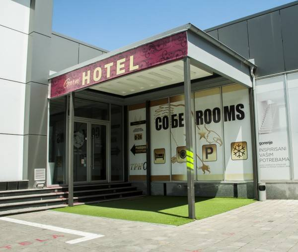 Garni Hotel Tri O