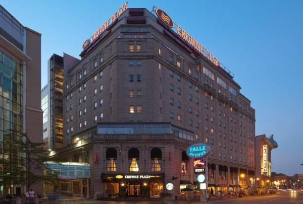 Hotel Crowne Plaza NIAGARA FALLS-FALLSVIEW