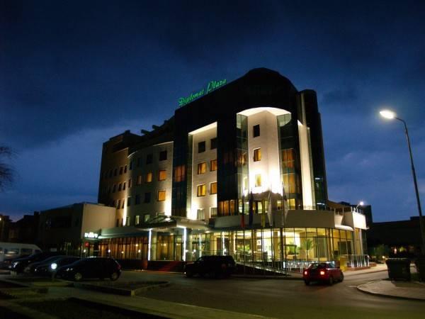 Hotel Diplomat Plaza & Resort