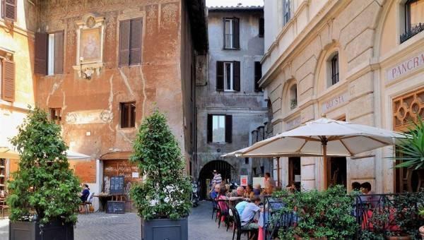 Hotel Navona apartments - Piazza Venezia area