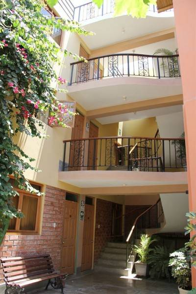 Hotel Hostal Tambo Colorado