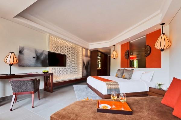 Hotel Angsana Lang Co