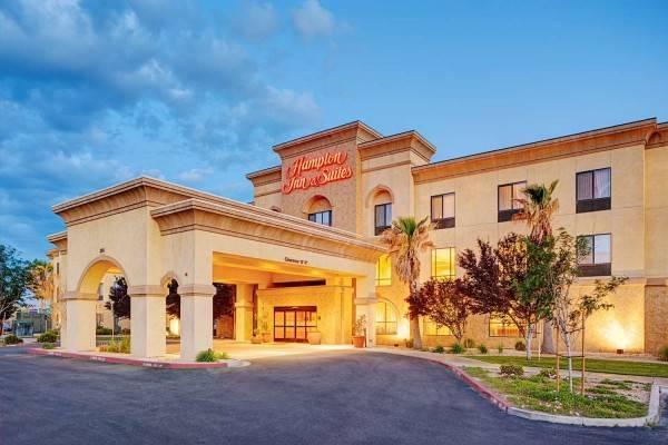 Hampton Inn - Suites Lancaster
