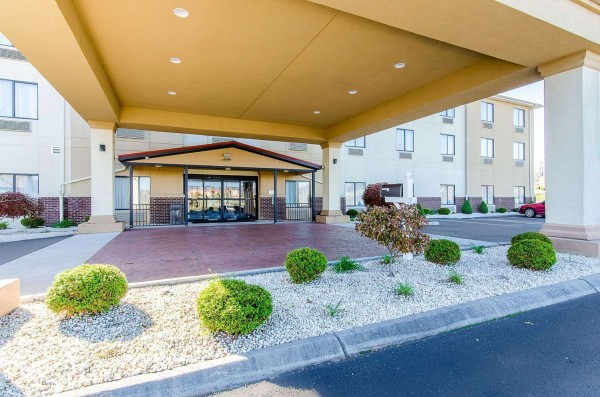 Hotel Comfort Suites Wytheville