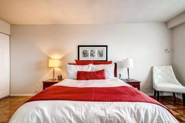 Hotel Global Luxury Suites at Longwood