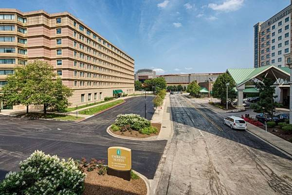 Hotel Embassy Suites by Hilton Chicago O*Hare Rosemont