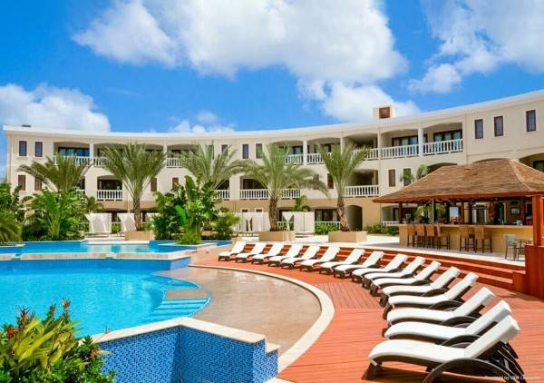 an Ascend Hotel Collection Member ACOYA Hotel Suites & Villas