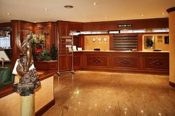 Hotel Rege