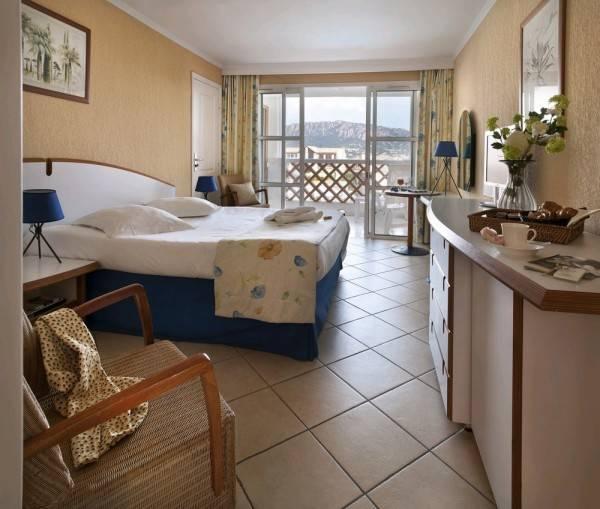 Hotel PIERRE ET VACANCES CAP ESTEREL RESIDENCE