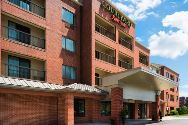 Hotel Courtyard Worcester