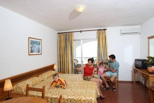 Hotel HI! MARINA APARTAMENTOS