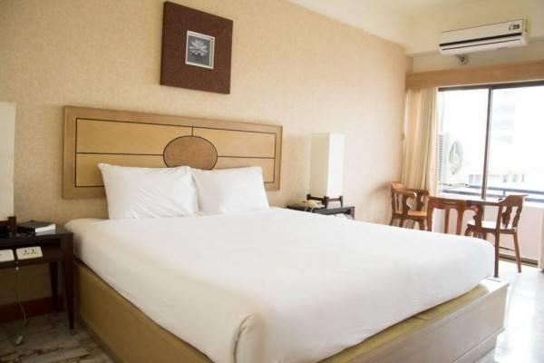 Nonthaburi Palace Hotel