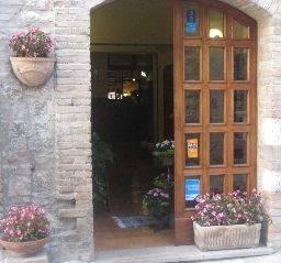 Hotel San Rufino