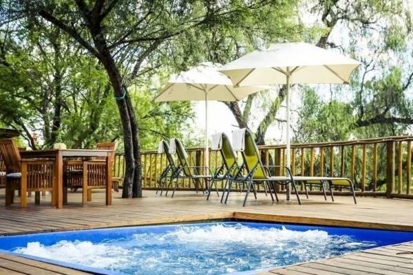 Hotel Riverside Lodge