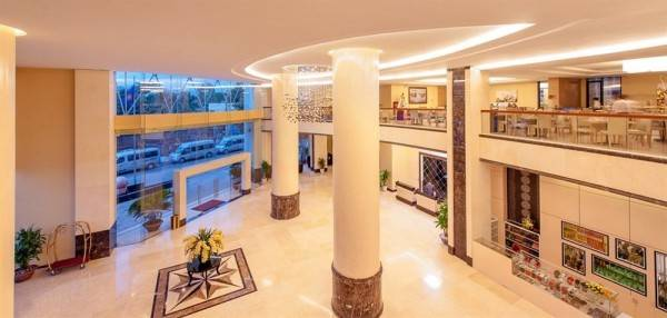 Hotel The Royale Bintang The Curve