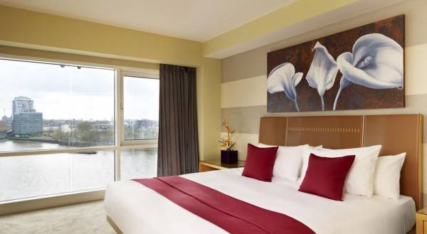 Hotel Plaza on the River London
