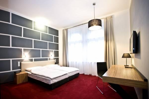 Hotel Noir Design