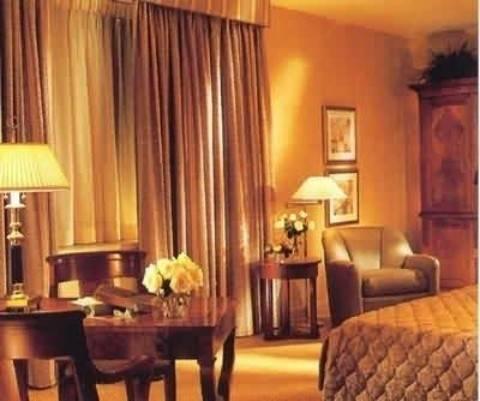 Hotel THE STANDARD CLUB