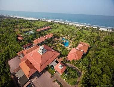 Hotel RAMADA CARAVELA BEACH RESORT