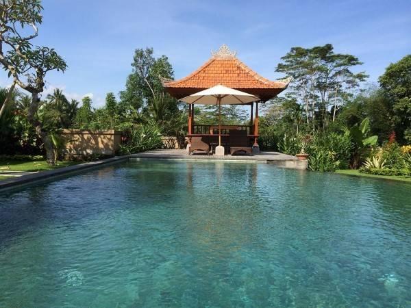 Hotel Meng Bengil Villa