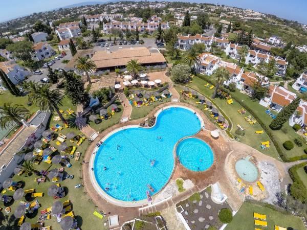 Hotel Rocha Brava Village Resort