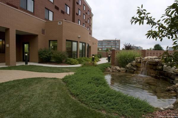 Courtyard Cincinnati North at Union Centre